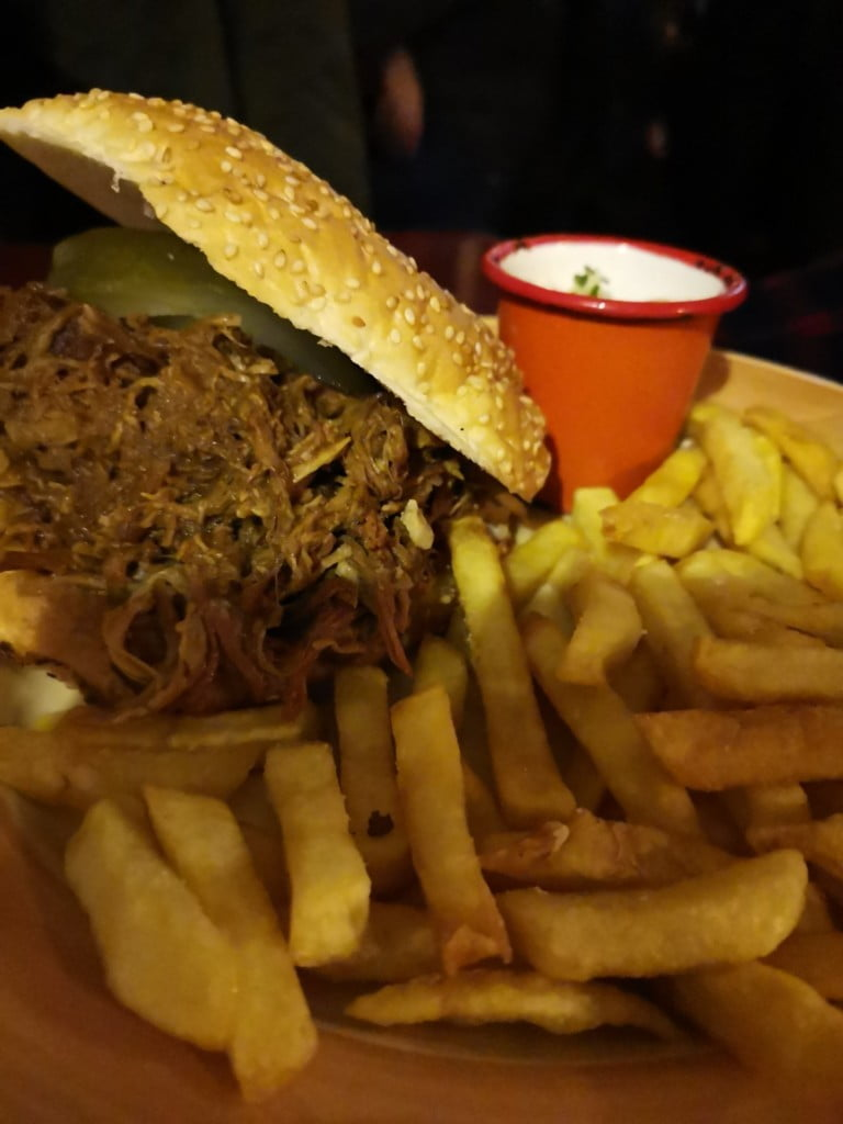 BBQ-Pulled-Pork-1516-Brewing-Company-Vienna