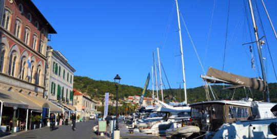 port vis island